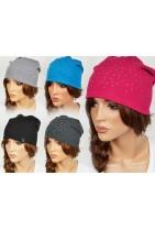 Modna czapka z ocieplanym środkiem, idealna na zimno i nadchodzące chłody. Czapki które szukasz.